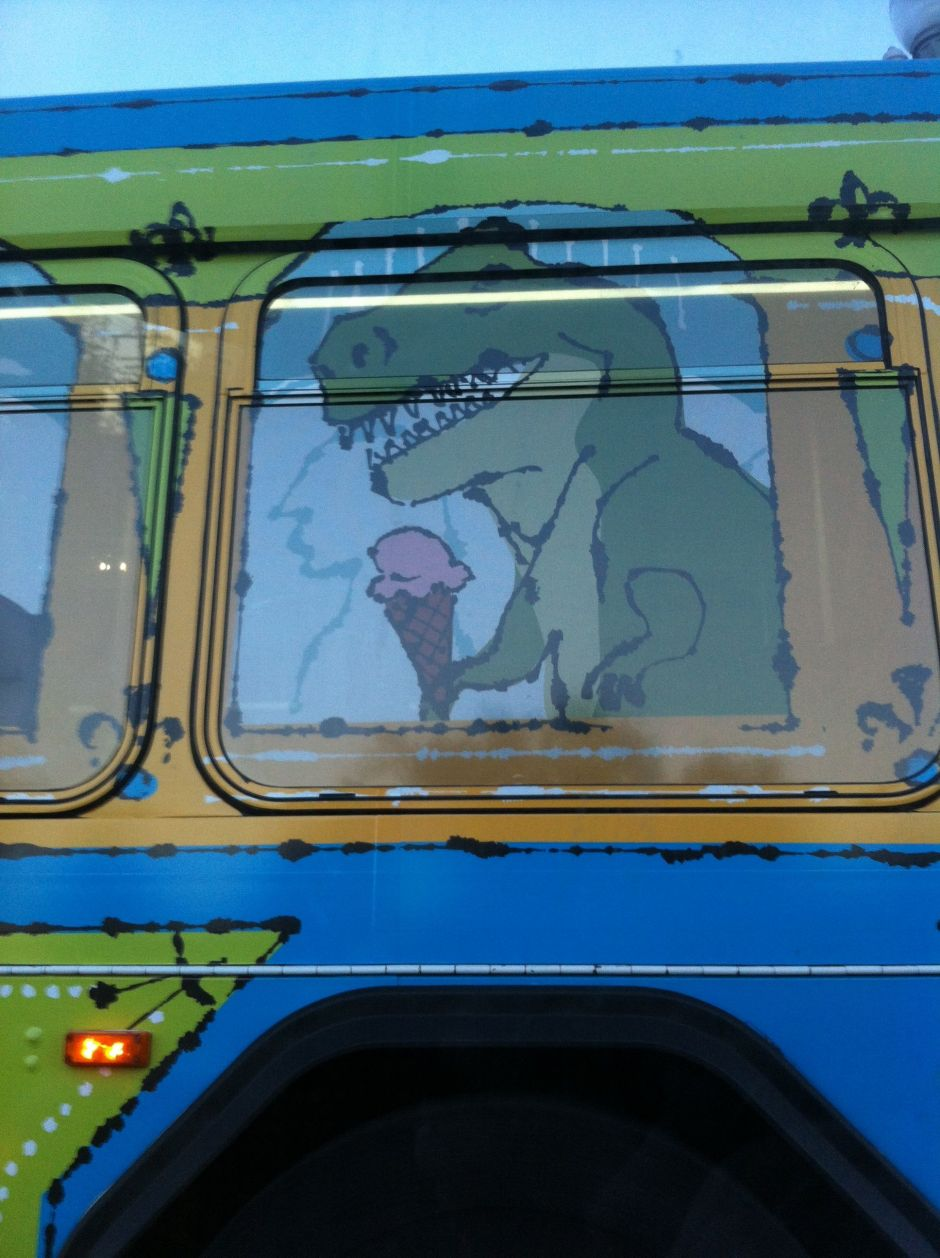 aprayerlikegravity, rarasaur, dinosaur eating icecream